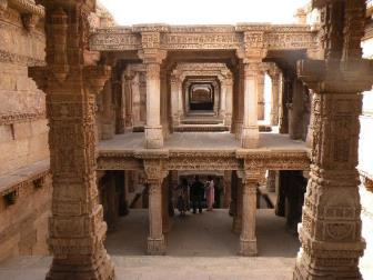 Adalaj Vav - Places to Visit & Tourist Attractions in Ahmedabad